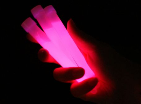 "6"" Glow Sticks with Lanyard - Pink"