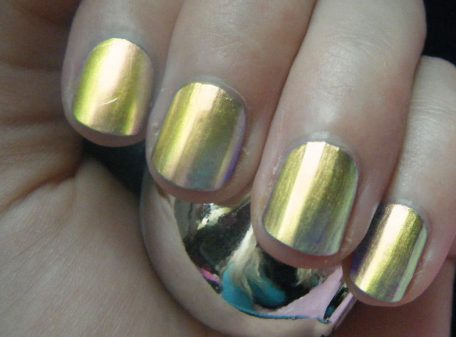 Chrome Nail Polish - Gold